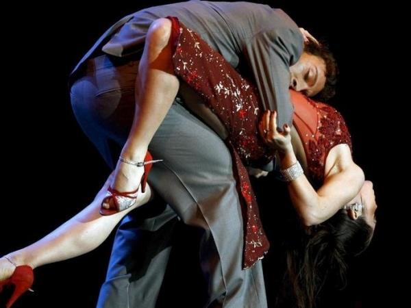 Поздравляем с Международным днем танца
