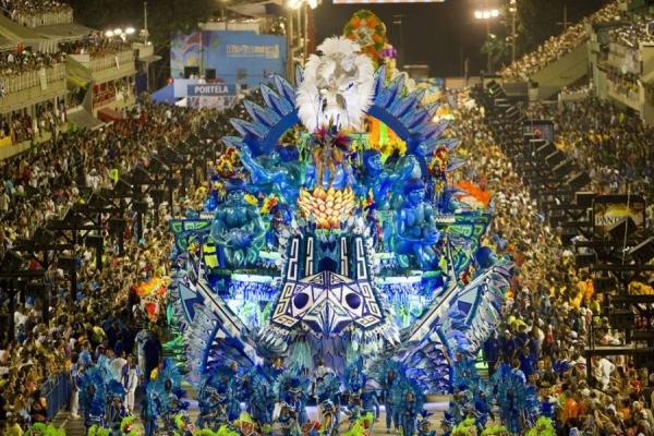 Бразильский карнавал 2013: ежегодный праздник самбы
