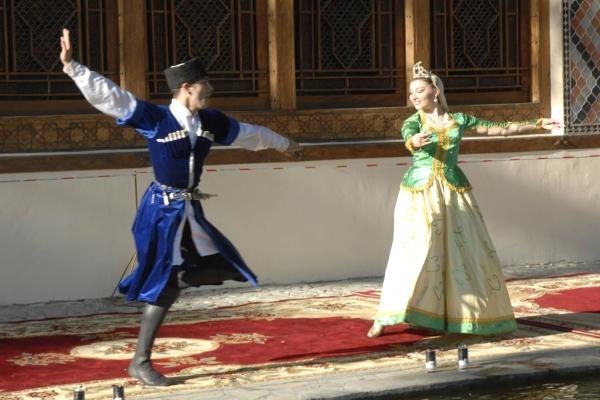 Азербайджанские народные танцы: общая характеристика