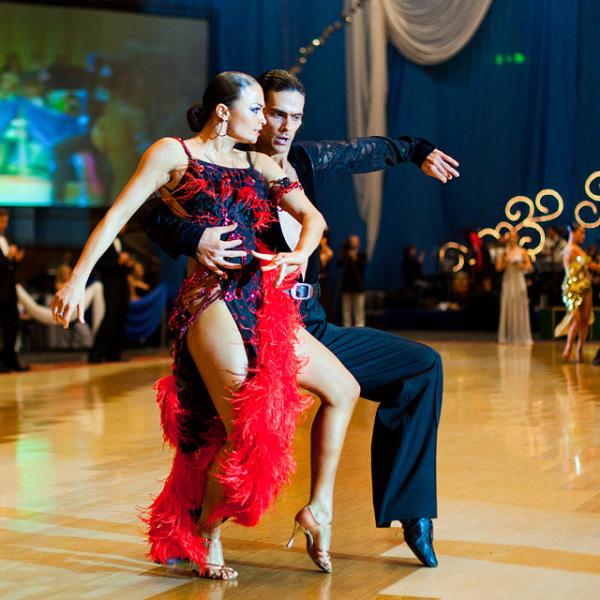 Латина: современные стили, популярные в России