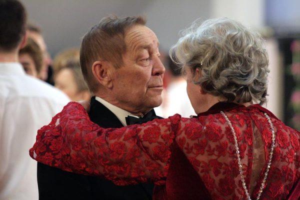 Польза танцев для людей пожилого возраста