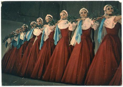Русский народный танец – хоровод (фото, видео)