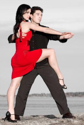 видео бесплатные уроки дискотечных танцев