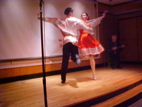 Танцуем хоровод вместе. Урок третий (фото, видео)