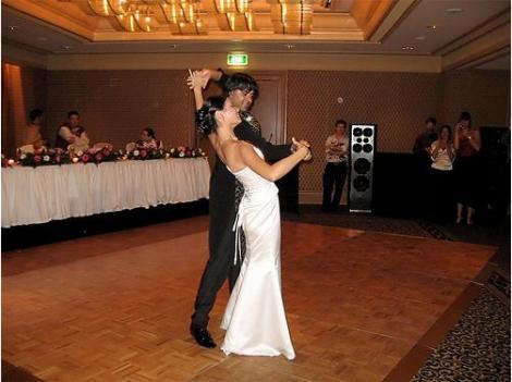 Постановка румбы в качестве первого танца молодоженов