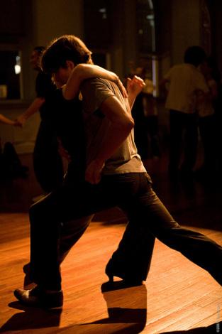 Как правильно танцевать блюз (фото, видео)