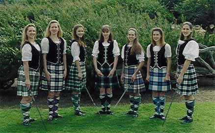 Техника шотландского танца и отличия от ирландских танцев (фото, видео)