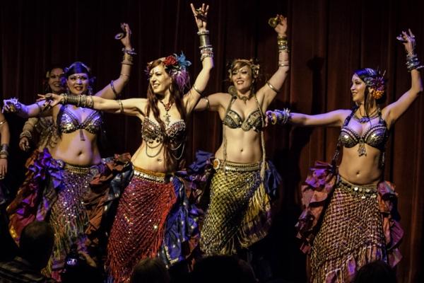 Онлайн-обучение танцу живота – изучаем тряски. Часть 3