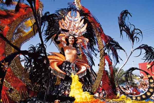Карнавал Тенерифе – безумное веселье на Канарских островах