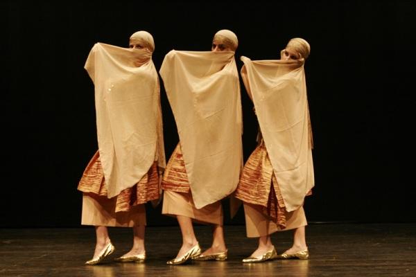 Фольклорный танец Хагала - очарование Востока