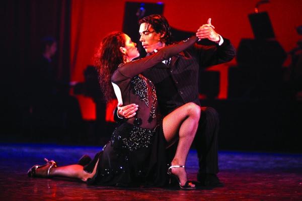Tango Seduccion - все эпохи танго в одном выступлении