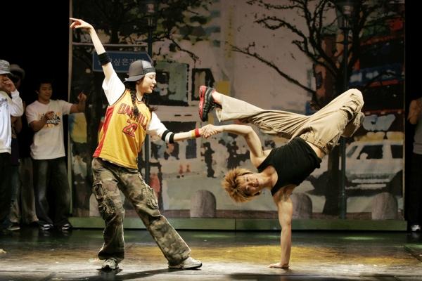Корейский танцор брейк-данса b-boy Beast