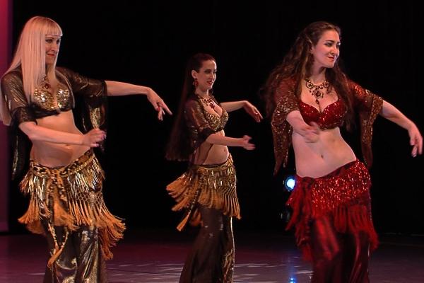 Онлайн-обучение танцу живота – движения бедрами