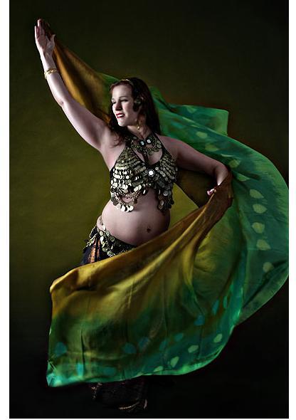 Танец живота для беременных (фото, видео)