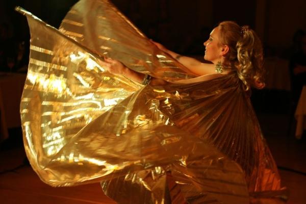 Танец живота как великолепное танцевальное шоу