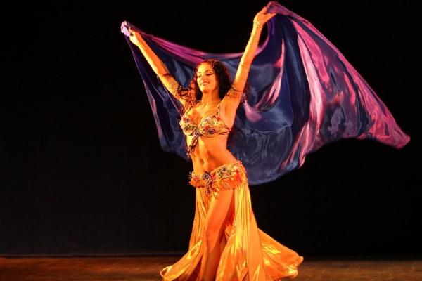 Движения головой в танце живота. Онлайн-обучение