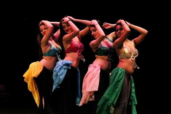 Онлайн-обучение танцу живота – изучаем тряски. Часть 4