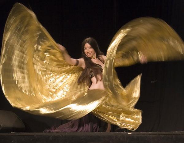 Цыганский танец. Самые эффектные элементы