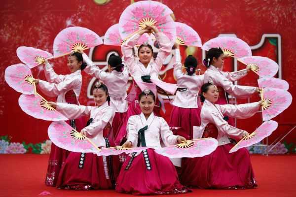 Корейский танец журавлей