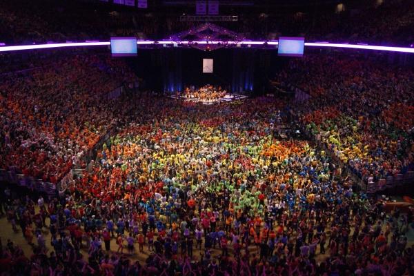 Танцевальные марафоны: от невинного увлечения до хорошего бизнеса