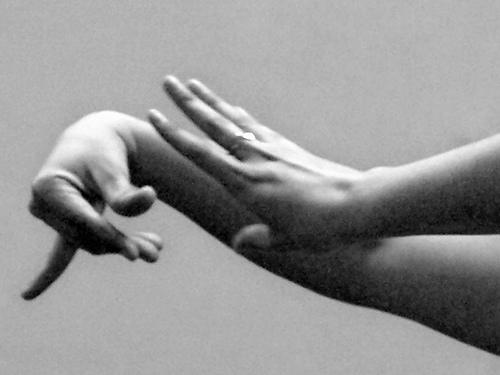 Онлайн-обучение фламенко. Упражнения для кистей и пальцев