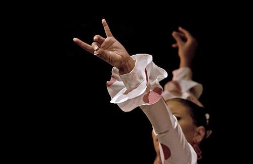 Обучение фламенко. Онлайн-урок №6. Техника рук (фото, видео)