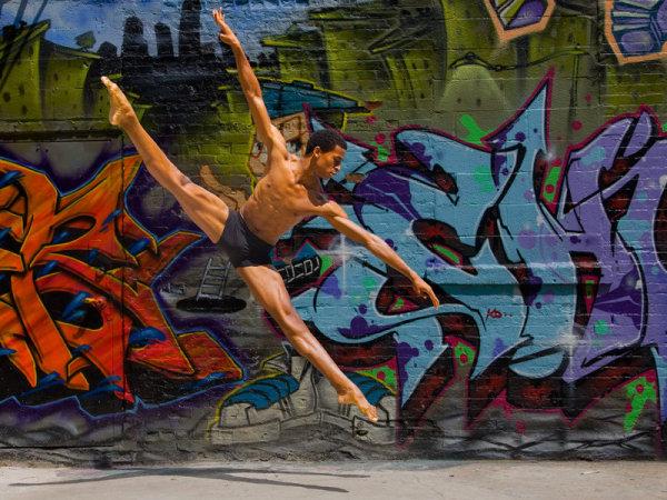 Летающие танцоры от Ричарда Калмса