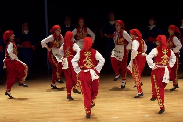 Народные танцы Турции: красота и разнообразие