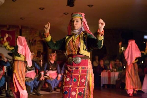 Народные танцы Турции: национальные особенности