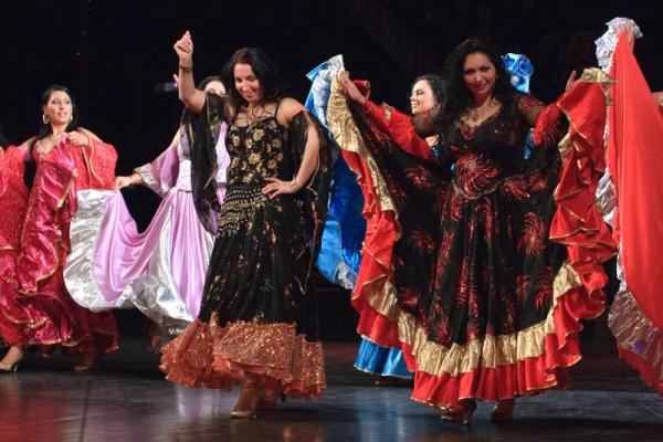 Обзор самых эффектных элементов цыганского танца