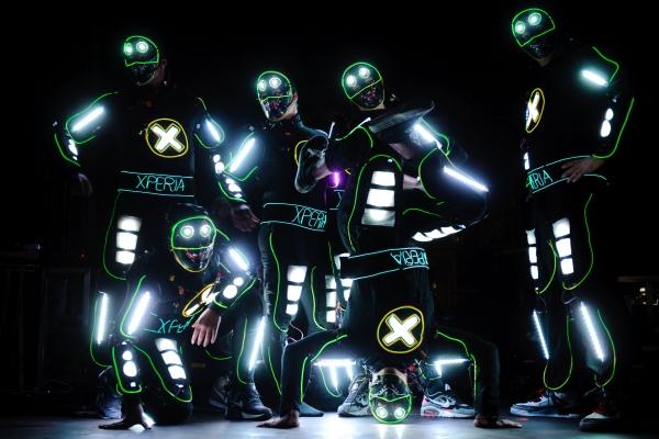iLuminate – танец в кромешной тьме