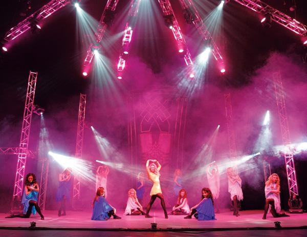 Lord of the Dance выступят в Москве