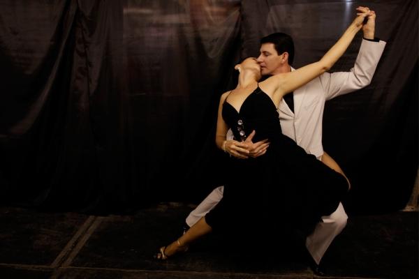 Танго: обзор популярных стилей танца