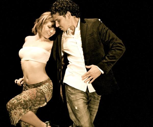 Танго секс на танцполе