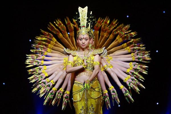 Тысячерукая Гуань Инь – чудо китайской танцевальной культуры