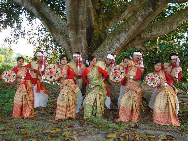 Биху - индийский танец весны