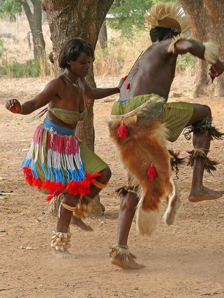 Африканские племенные танцы