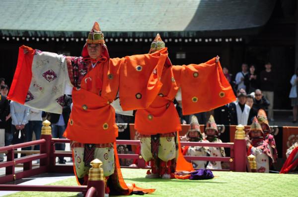 Японский танец бугаку