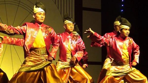 Танцы в Малайзии