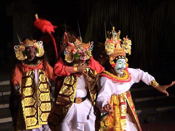 Балийский топенг