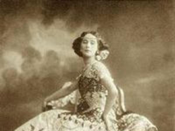 Елена Андреянова