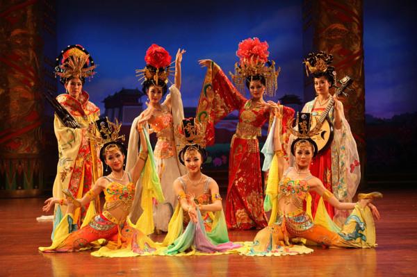 Танцы и театр династии Юань