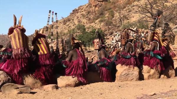 Танцы в Буркина-Фасо