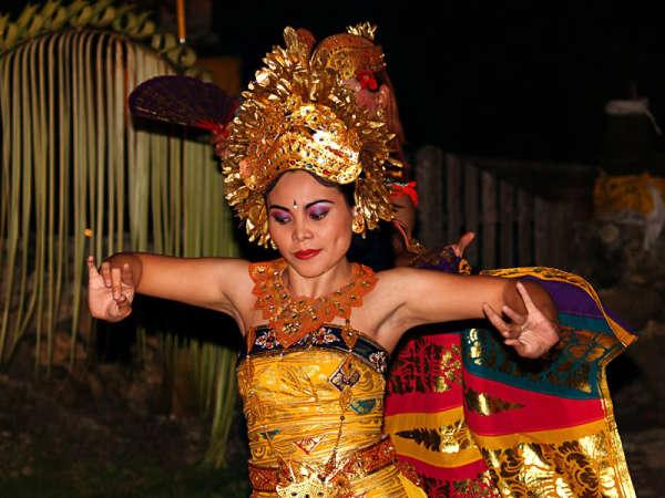 Традиционные танцы Бали