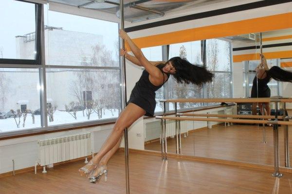 Зеркала для студии танцев