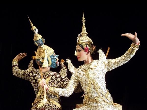 Классические камбоджийские танцы