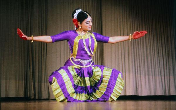 Алариппу - открытие танца бхаратанатьям