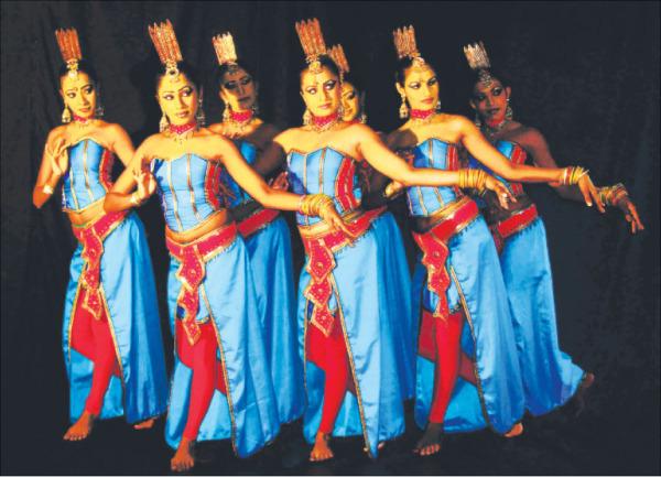 Танцы Канди