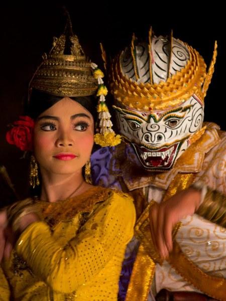 Церемониальные танцы Камбоджи