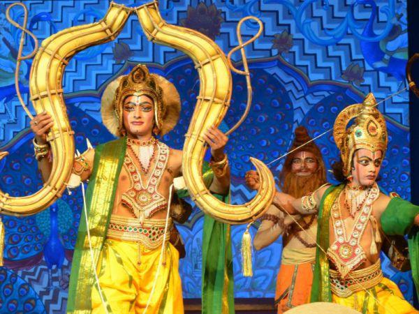 Рамлила - танцевальная постановка по жизни Рамы